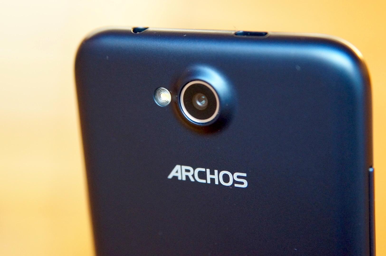 Testbericht: Archos 50c Platinum – das perfekte Einsteiger-Smartphone für unter 100 Euro?