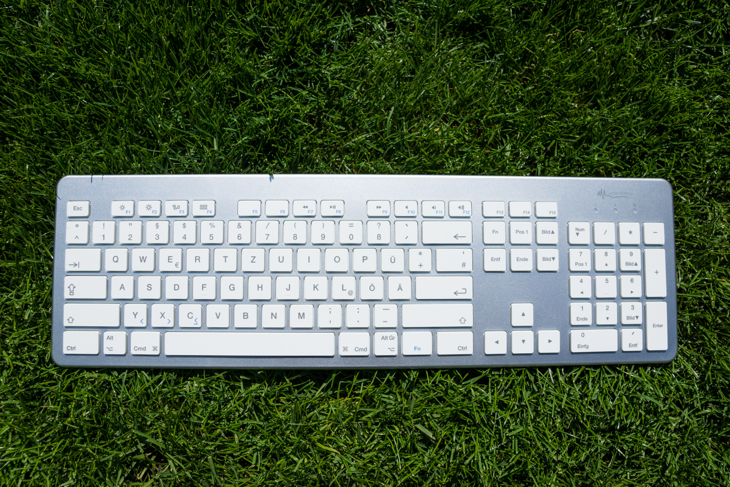 GeneralKeys: Günstige Bluetooth-Tastatur mit Aluminium Optik im Test