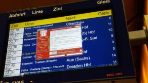 WannaCry auf einer Anzeigetafel der Deutschen Bahn