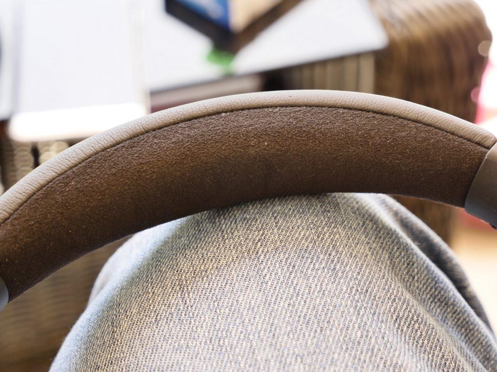 Ebenso perfekt für langes Tragen: Das Polster des Kopfbügels