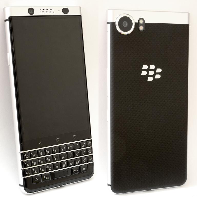 Der Vorgänger der Black Edition mit nur 3GB RAM und 32GB ROM © Wikipedia