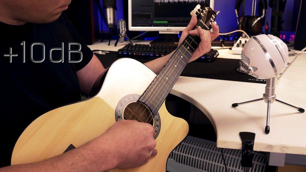 Blue Snowball iCE mit Gitarre