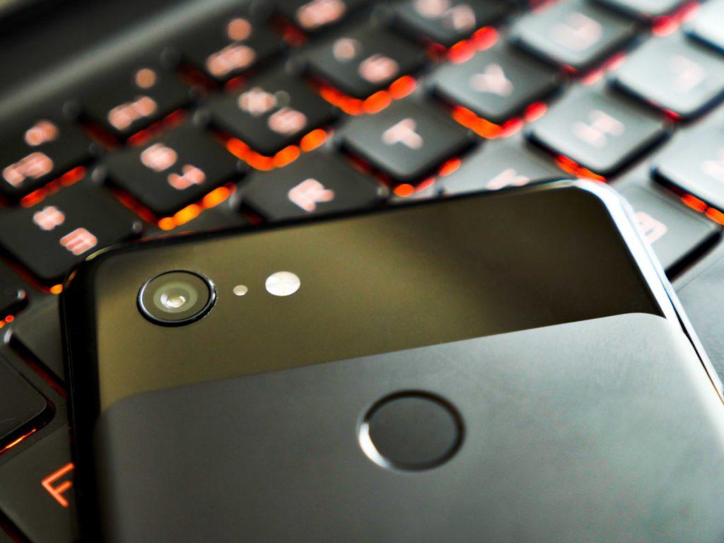 Die Kamera überzeugt nicht nur durch sehr gute Qualität, sondern bietet auch Google Lens!