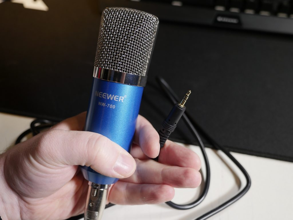 Ein sehr bekannter Vertreter der Klinken-Mikrofone: Das Neewer NW-700