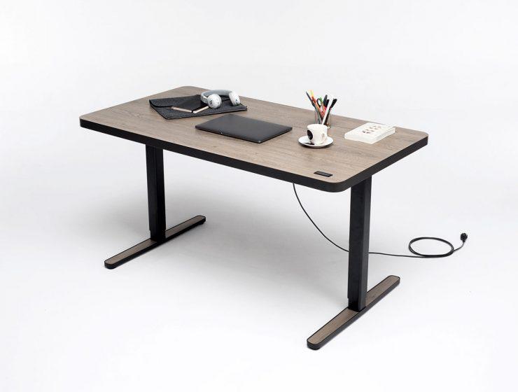 Mehr Als Nur Ein Schreibtisch Der Yaasa Desk Light Sitz Steh Tisch